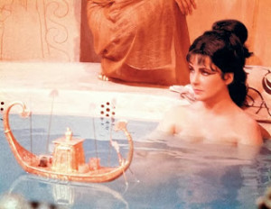 informant-Cleopatra-in-milk-bath-Elizabeth-Taylor